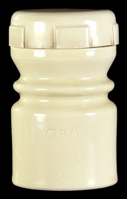 U-1941 GPO // 16A, Ivory Porcelain; Unusual threaded cap!