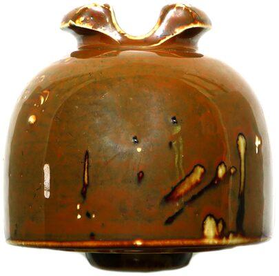 U-928 R. THOMAS & SONS, Mottled Brown; Stunning glaze!